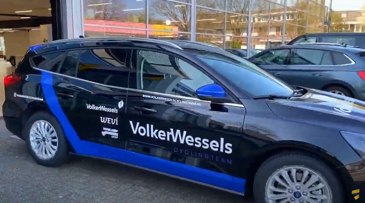 wagenpark belettering, auto reclame, signing, stickers op auto, sponsoring